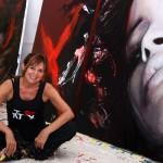 L'artiste-peintre Corno, photographiée à son atelier situé à New York.